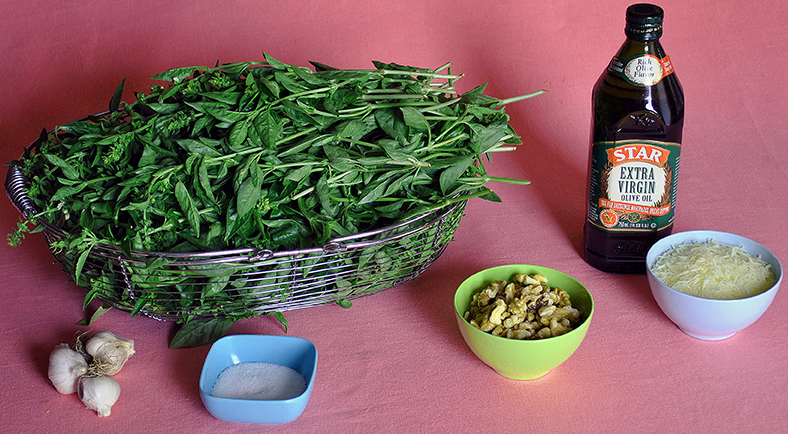 Ingredients for Pesto Genovese